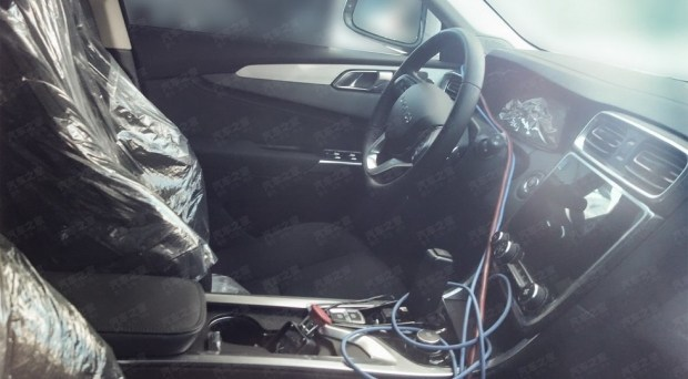Флагманский кроссовер Lynk Co породнится с Volvo XC90 4