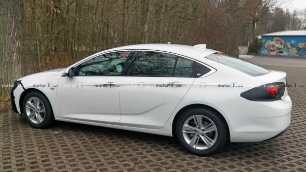 Первые фото обновленного Opel Insignia Grand Sport 2