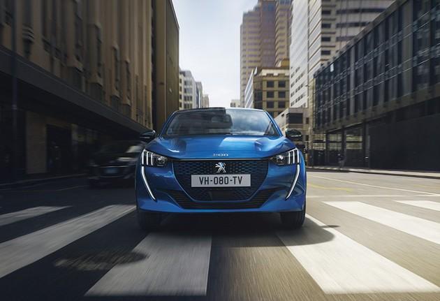 Peugeot 208 теперь электрокар: первые фото до премьеры 1