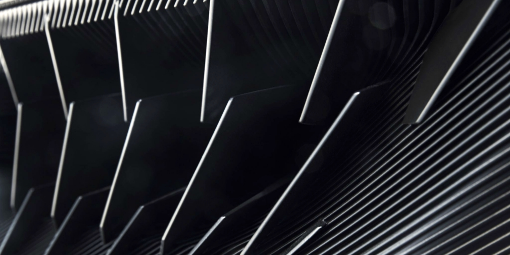 Peugeot представит в Женеве спортивный гибрид 1