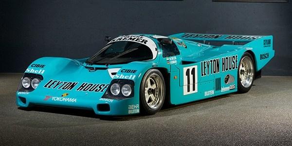 Три знаковых для Porsche спорткара выставят на торги 1