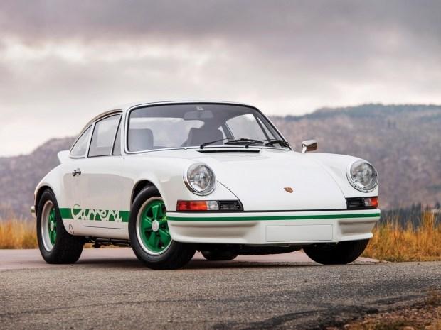 Три знаковых для Porsche спорткара выставят на торги 2