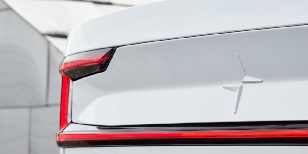 Polestar показал новое изображение конкурента Tesla Model 3 1