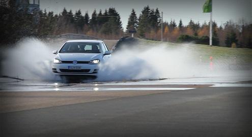 Как шины влияют на управляемость 1