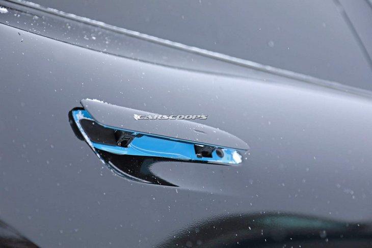 Новейший электрический Porsche Taycan засветился на подробных фото 4