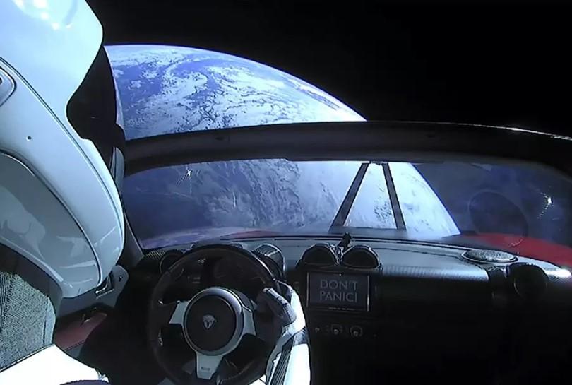 Tesla Roadster провела в космосе год и удалилась от Земли на 364 миллиона километров 1