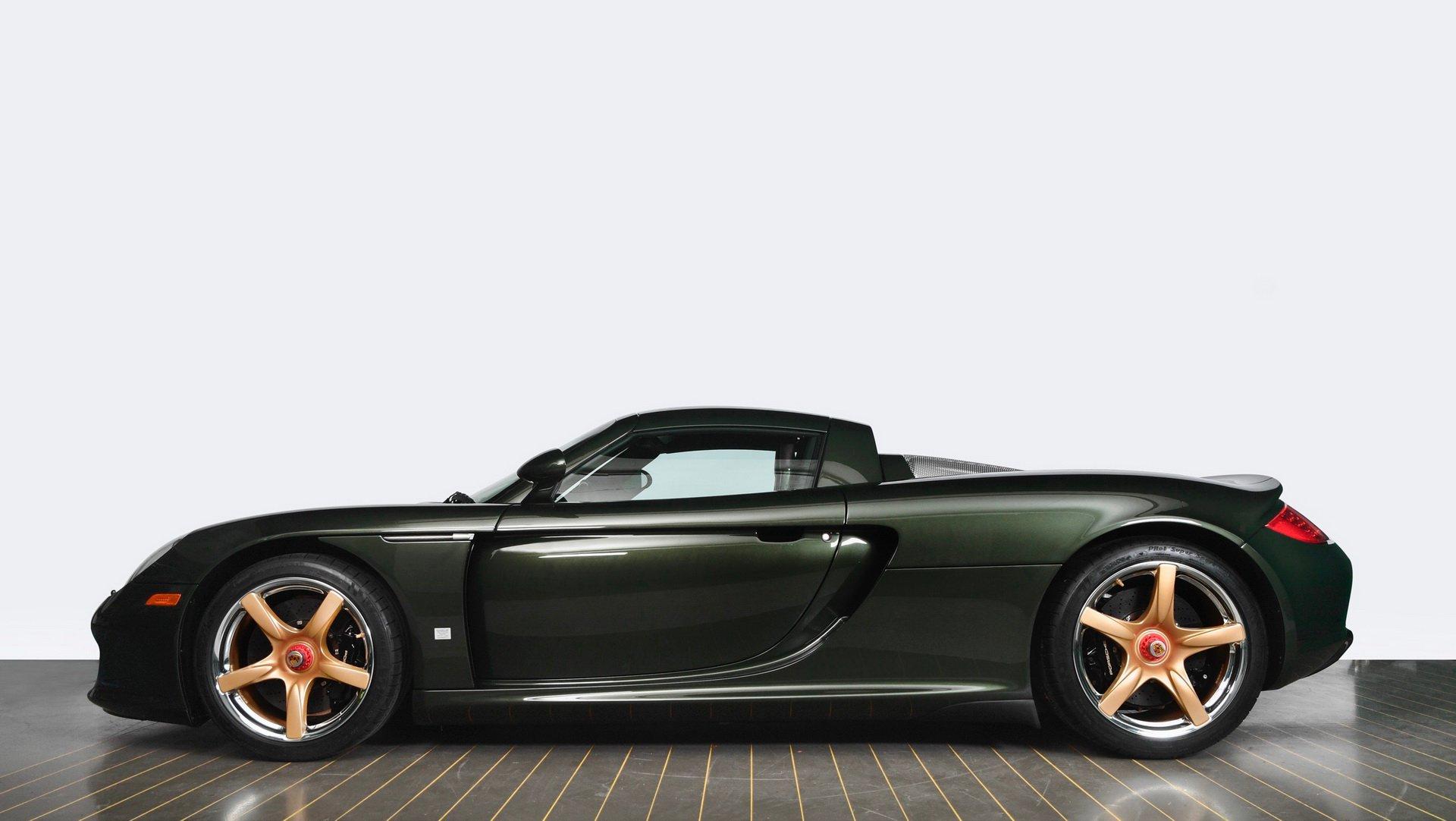 Porsche отреставрировала спорткар Carrera GT по заказу клиента 1