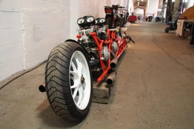 «Супер-крыс» из двух Ducati поражает воображение 1