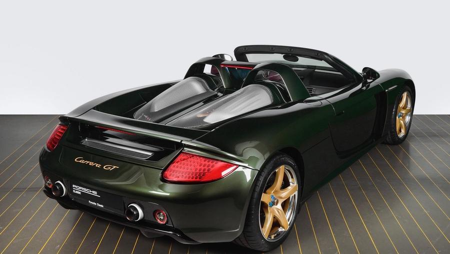 Porsche отреставрировала спорткар Carrera GT по заказу клиента 2