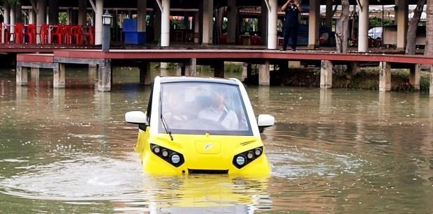 Бывший сотрудник Toyota разработал плавающий электромобиль 1
