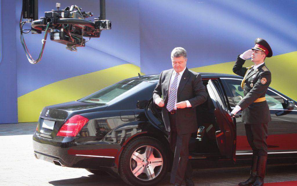 На каких автомобилях ездит Петр Порошенко 1