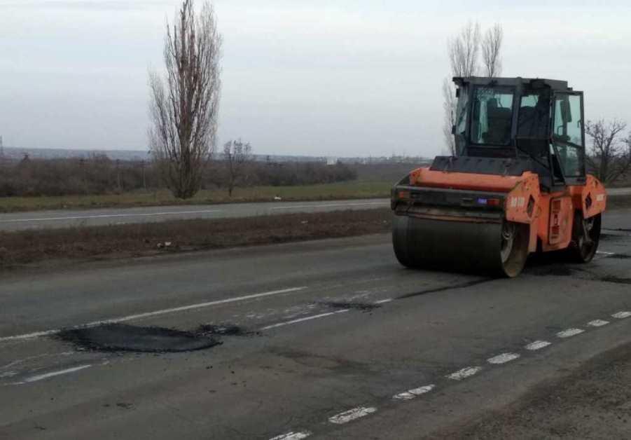 «Укравтодор» объявил о начале ямочного ремонта дорог 1