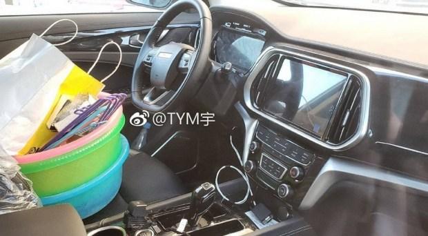 В Сети появились фото самого большого и дорогого SUV в линейке суббренда Chery 2