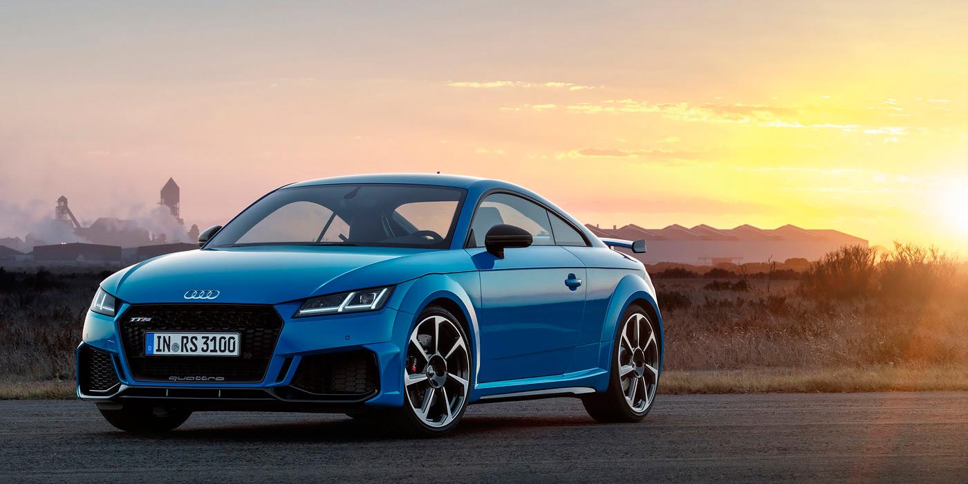 Audi обновила спорткупе и родстер TT RS 1