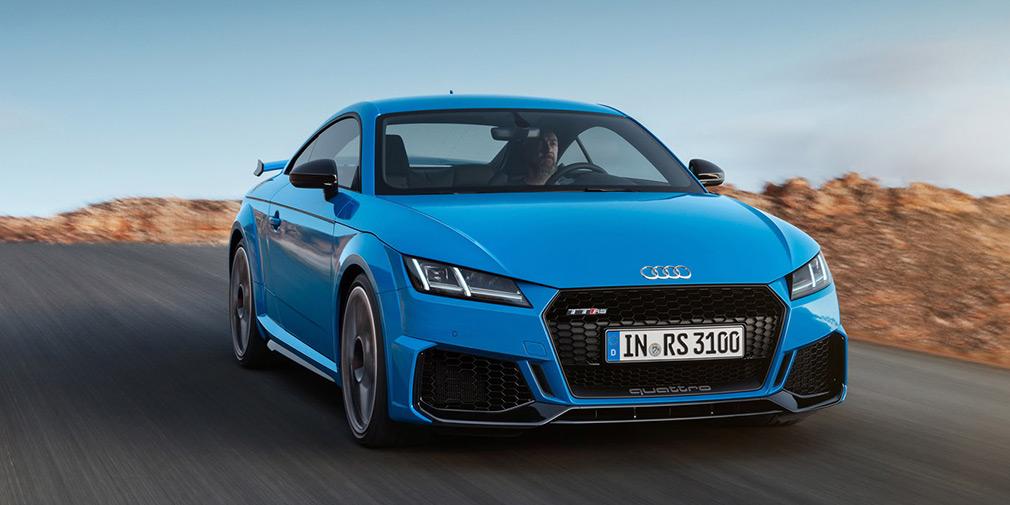 Audi обновила спорткупе и родстер TT RS 2