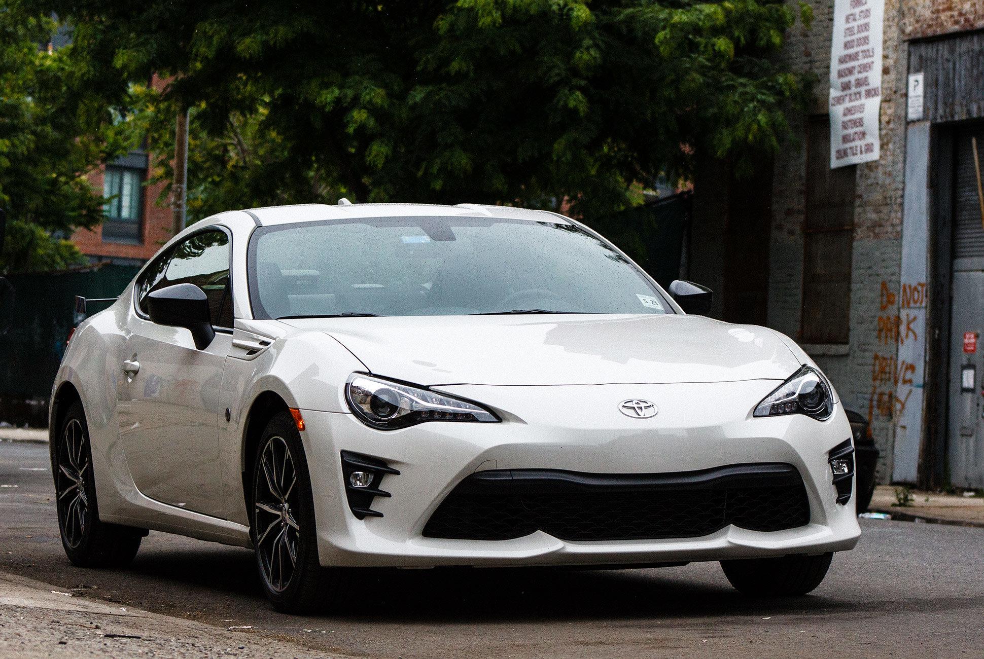 Toyota превратит 86 в «мини-Супру» 1