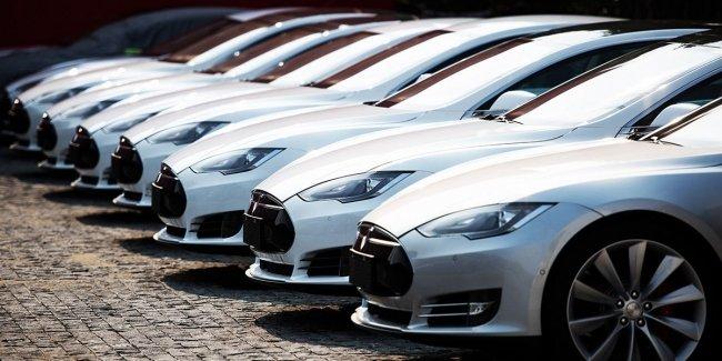 В Швеции могут запретить продажи электромобилей Tesla 1