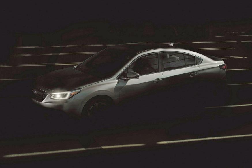 Теряющий покупателей седан Subaru Legacy сменил поколение 1