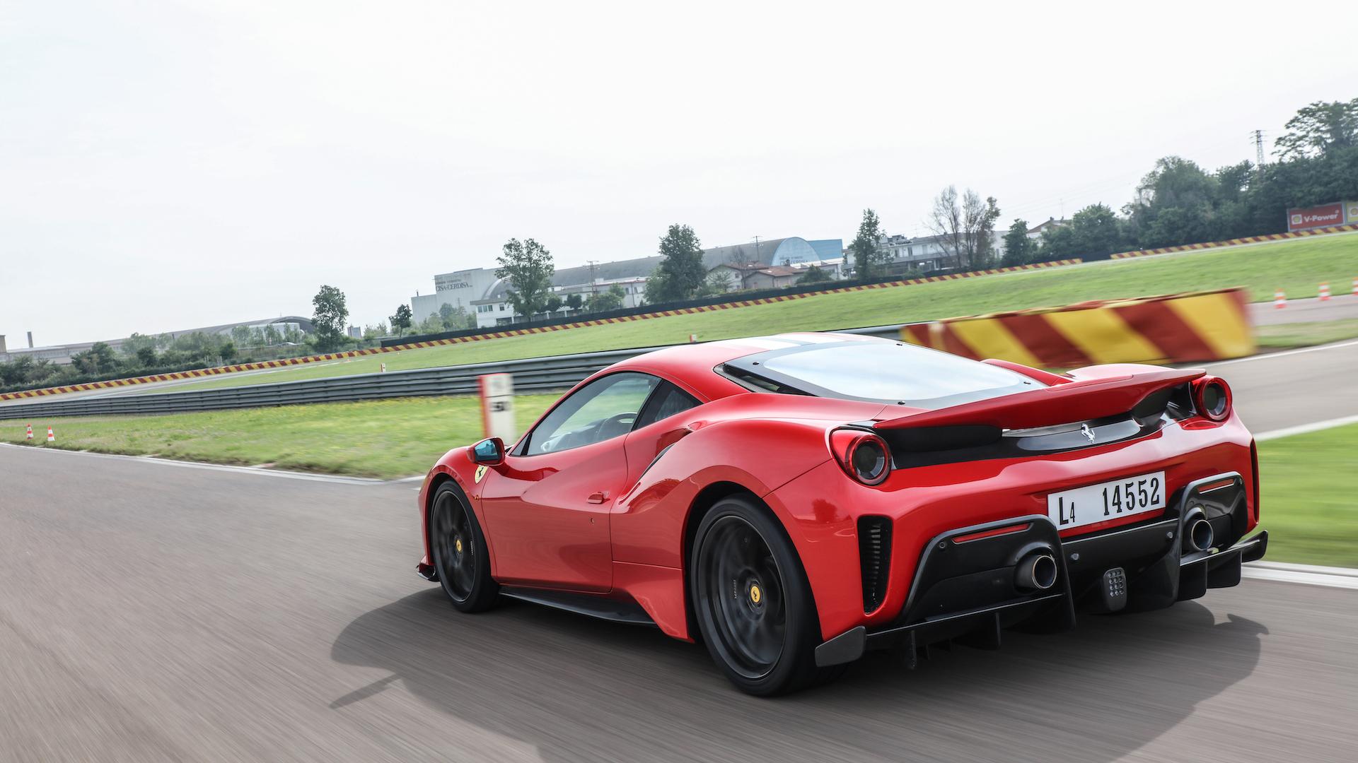 Бренд Ferrari оказался дороже, чем McDonald's и Coca-Cola 2