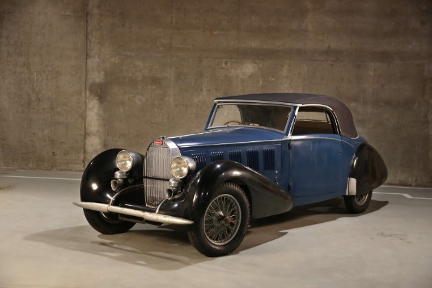 В гараже бедного скульптора нашлись три раритетных Bugatti 2