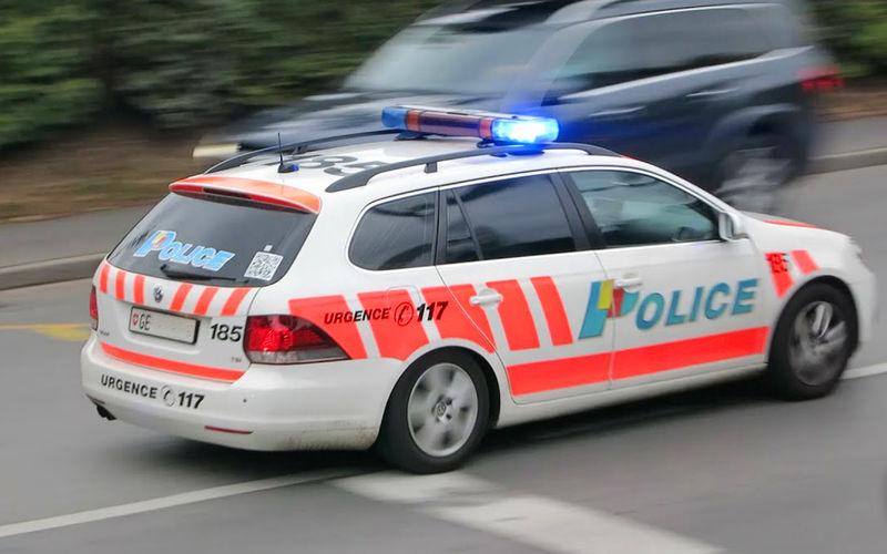 Полицейский получил штраф за превышение скорости во время погони за грабителями 1