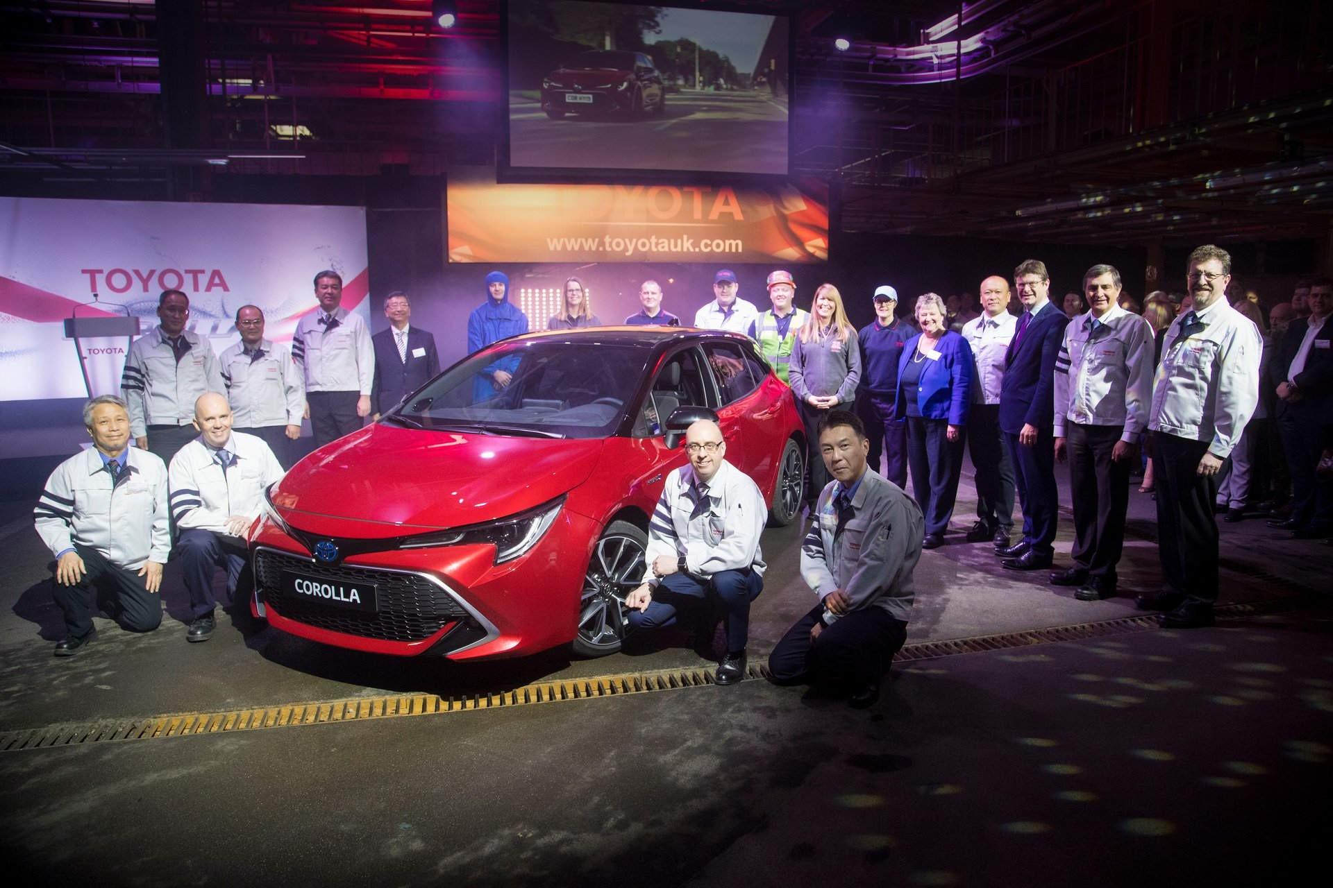Новую Toyota Corolla запустили в производство в Великобритании 1