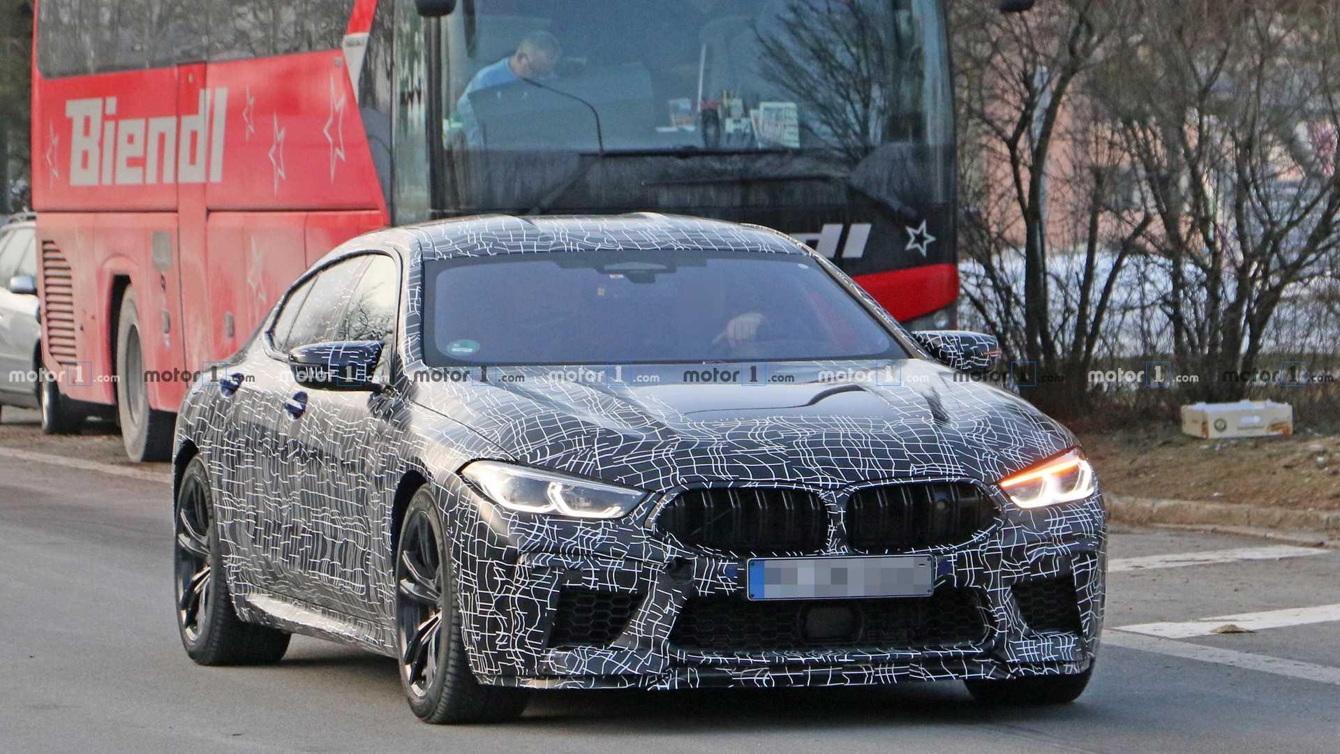 Новая BMW M8 Gran Coupe вышла на дорожные тесты 1