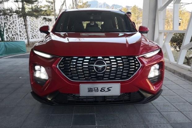 Китайцы представили серийный кроссовер в стиле Hyundai Santa Fe 1