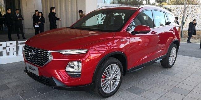 Китайцы представили серийный кроссовер в стиле Hyundai Santa Fe 2