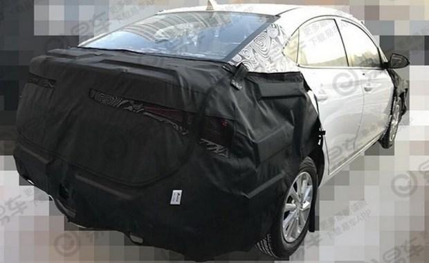 Первые фото нового Hyundai Accent с фонарями «под Lexus» 2