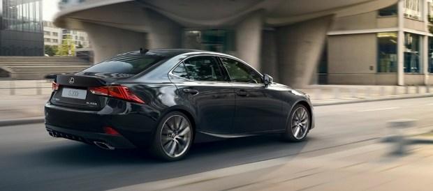 Первые фото нового Hyundai Accent с фонарями «под Lexus» 3