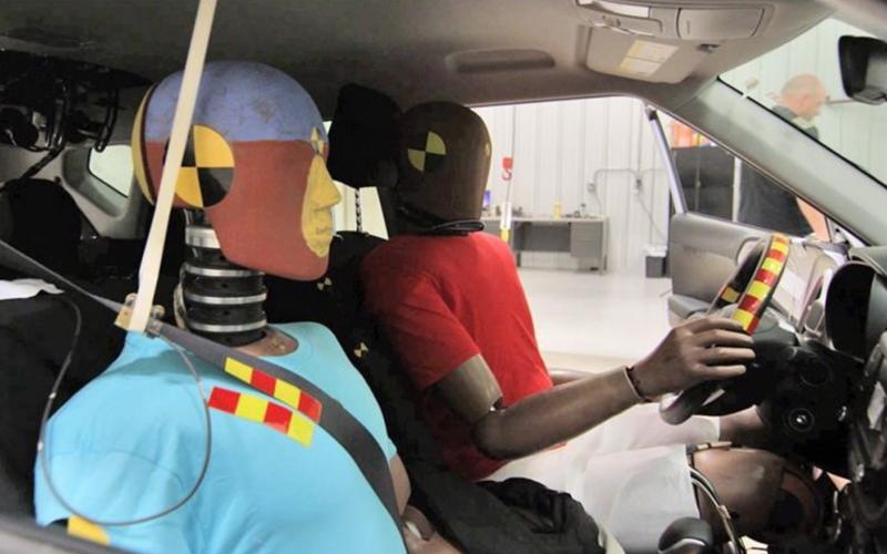 В Hyundai придумали подушки безопасности для множественных ДТП 1