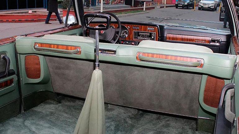 В Казахстане продают ретро-кабриолет за 500 тысяч долларов 1