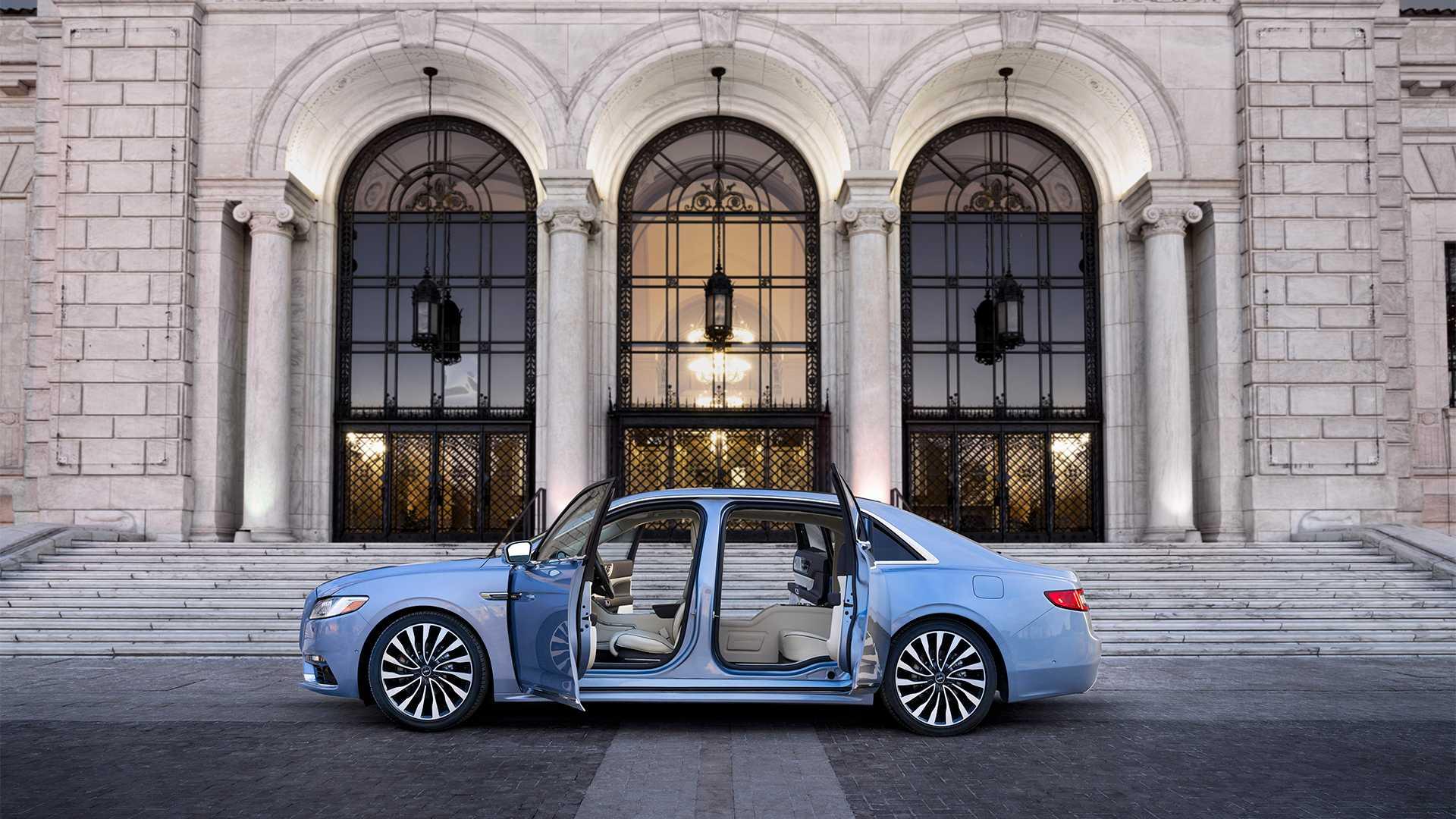 Lincoln продал все Continental Coach Door Edition 3