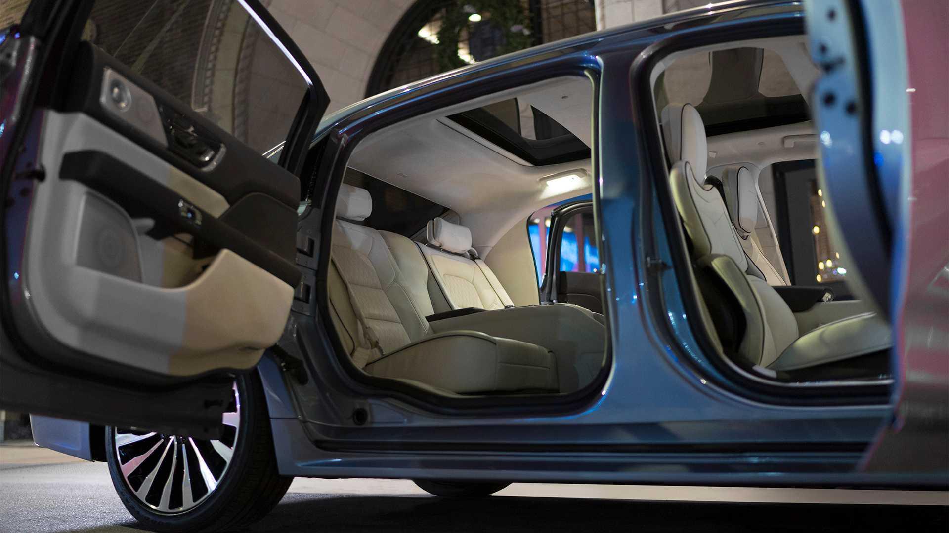 Lincoln продал все Continental Coach Door Edition 2