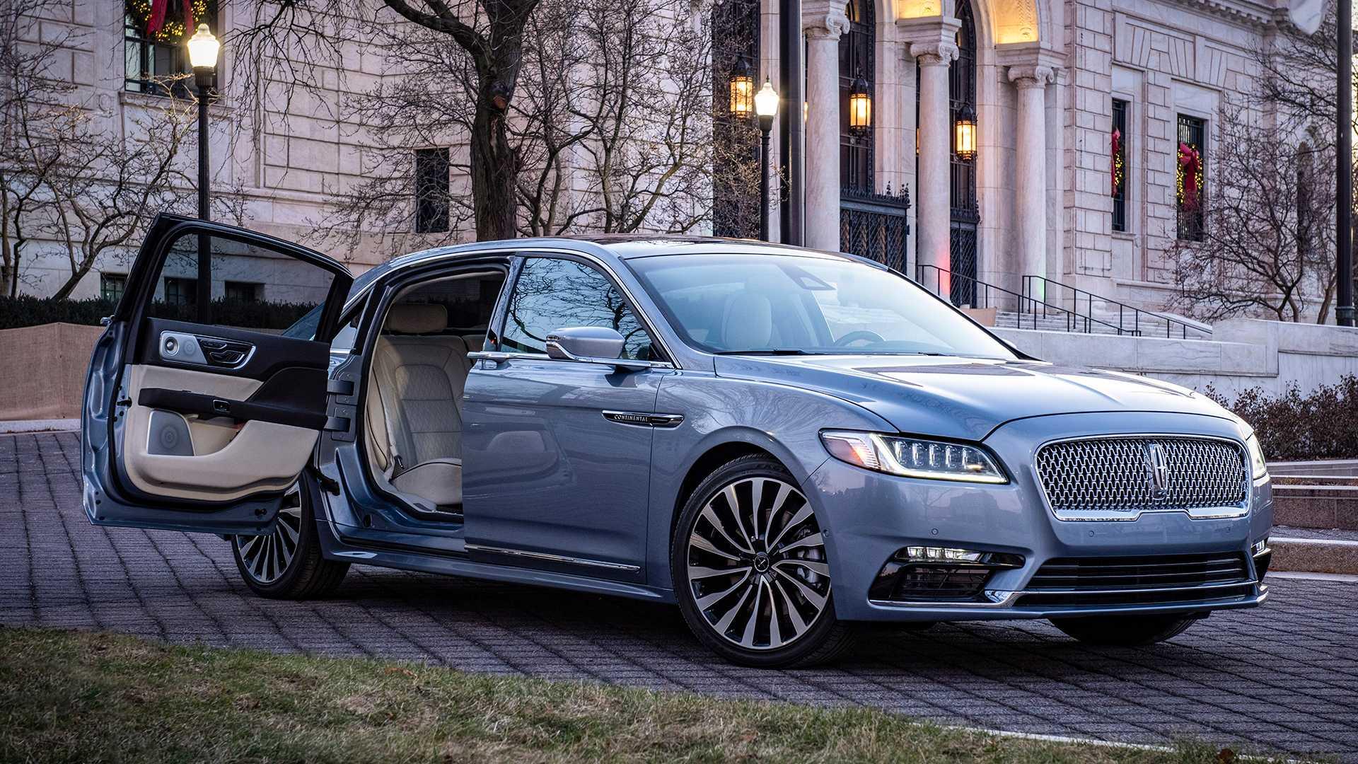 Lincoln продал все Continental Coach Door Edition 1