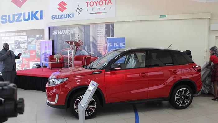 Toyota начала продажи кроссоверов Suzuki Vitara Brezza 1
