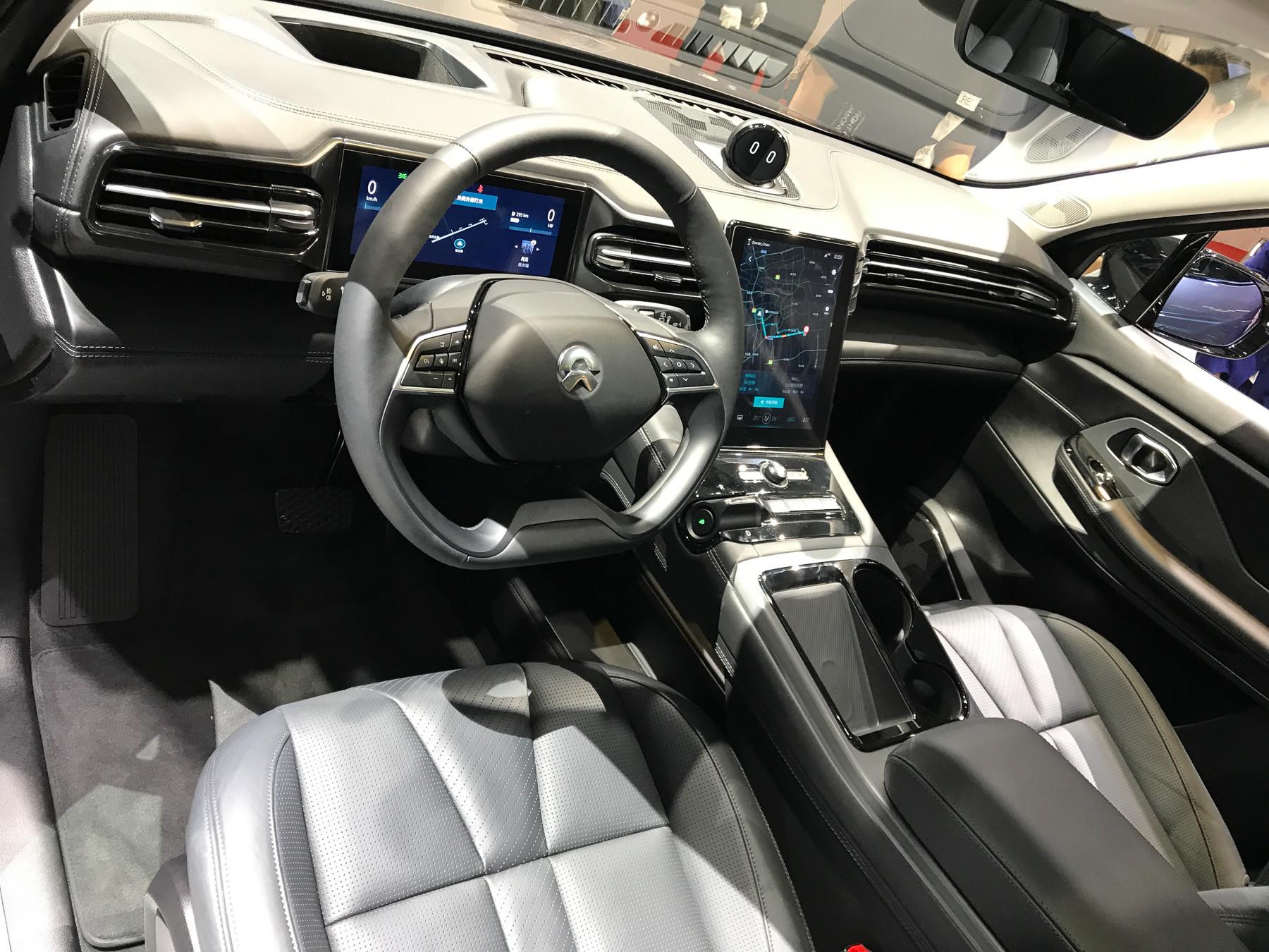 Представлены очень дорогие китайские автомобили  3