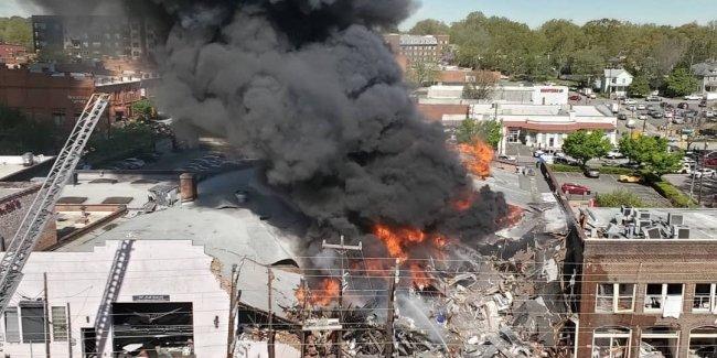 Взрыв газопровода уничтожил коллекцию из 80 редких Porsche 1