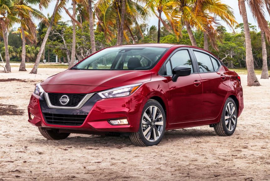 Компактный седан Nissan Versa: новое поколение 2