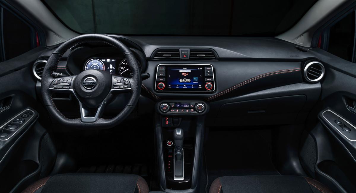 Компактный седан Nissan Versa: новое поколение 4