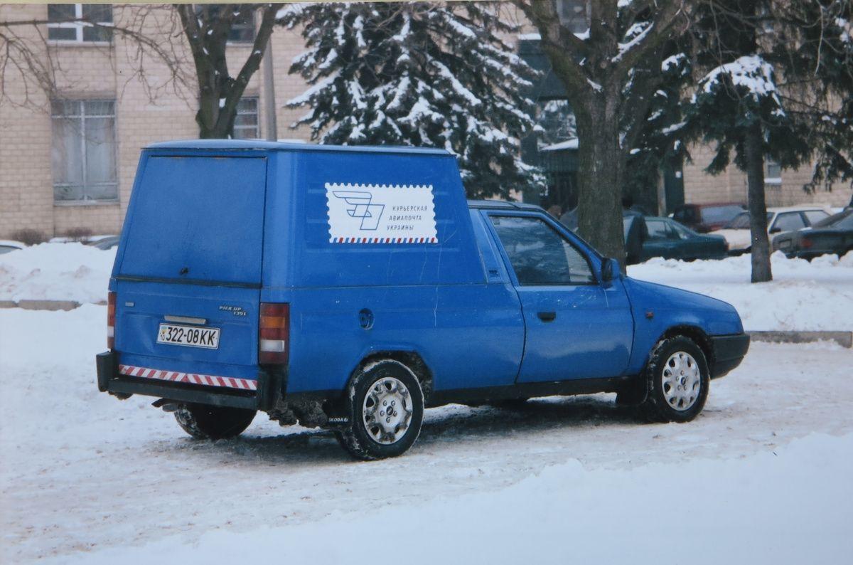 Редкий Skoda Pick-up на украинских дорогах 2
