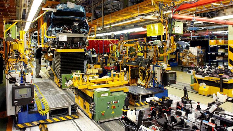 Nissan сокращает персонал на заводе в Барселоне 1