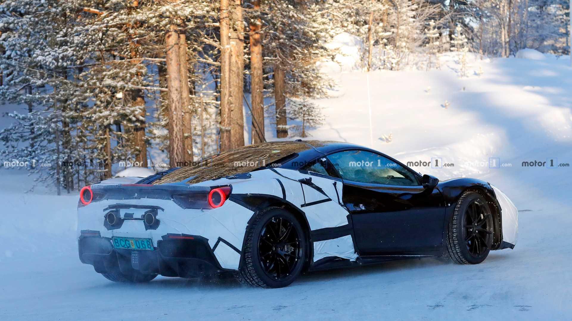 Ferrari представит новый супер-гибрид уже в этом месяце 1