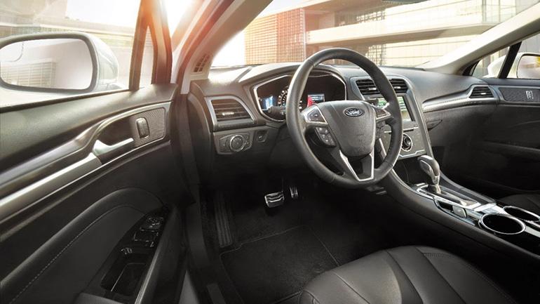 Компания Ford отзывает 270 000 автомобилей из-за неполадок 1