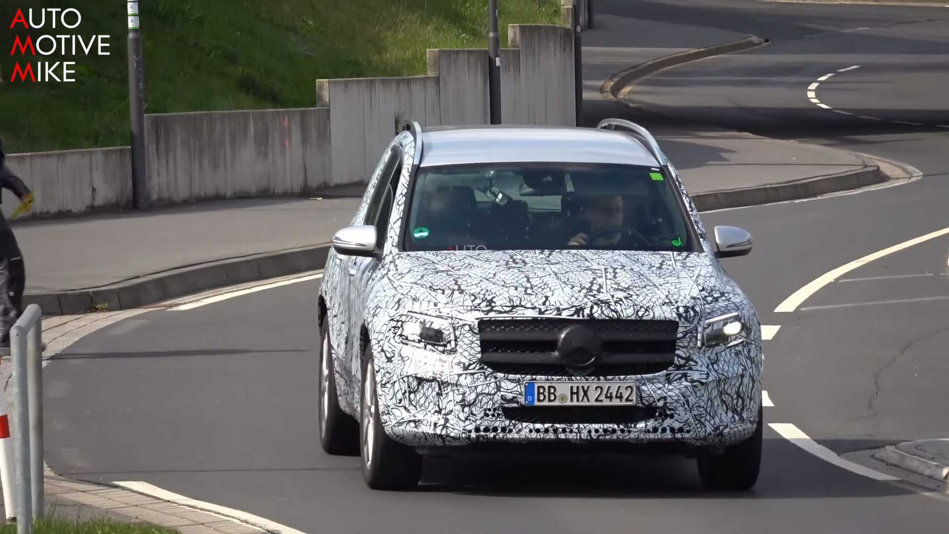 Новый Mercedes-Benz GLB-Class активно тестируется на «Нордшляйфе» 1