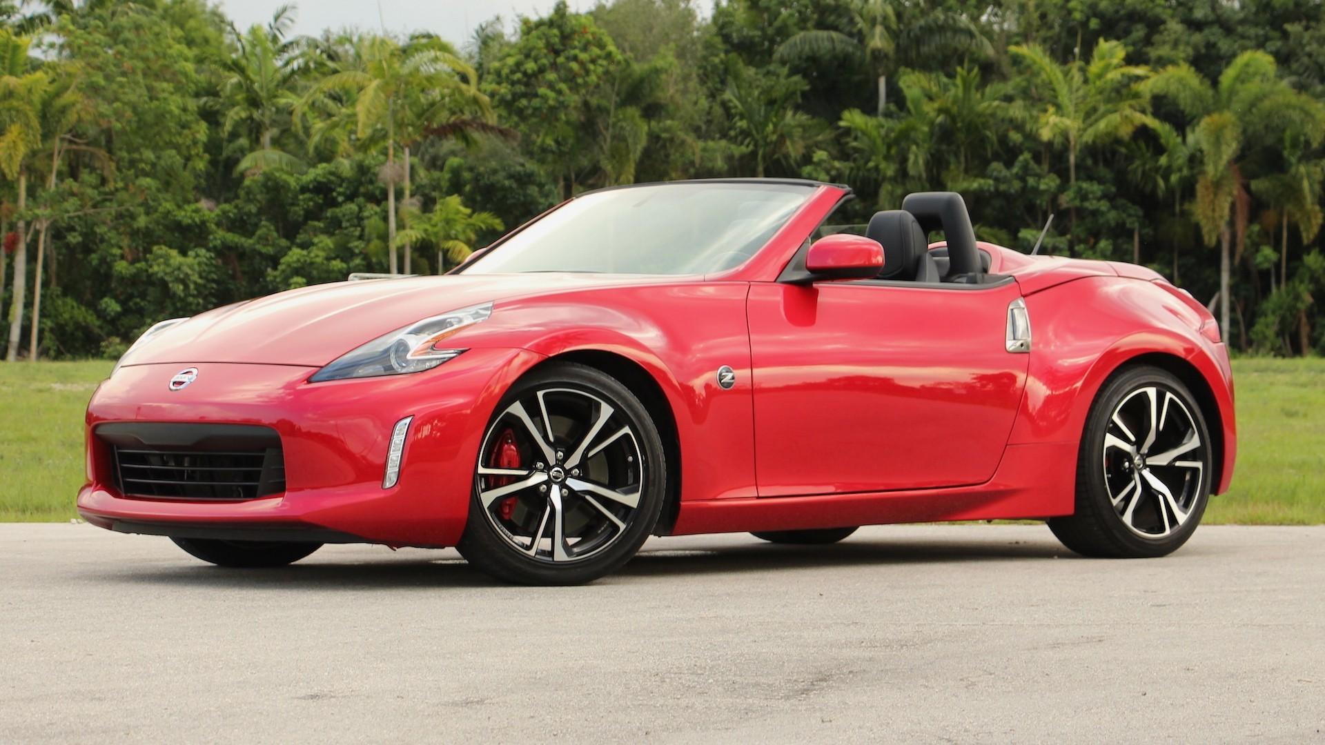 Nissan с 2020 года откажется от модели 370Z Roadster 1