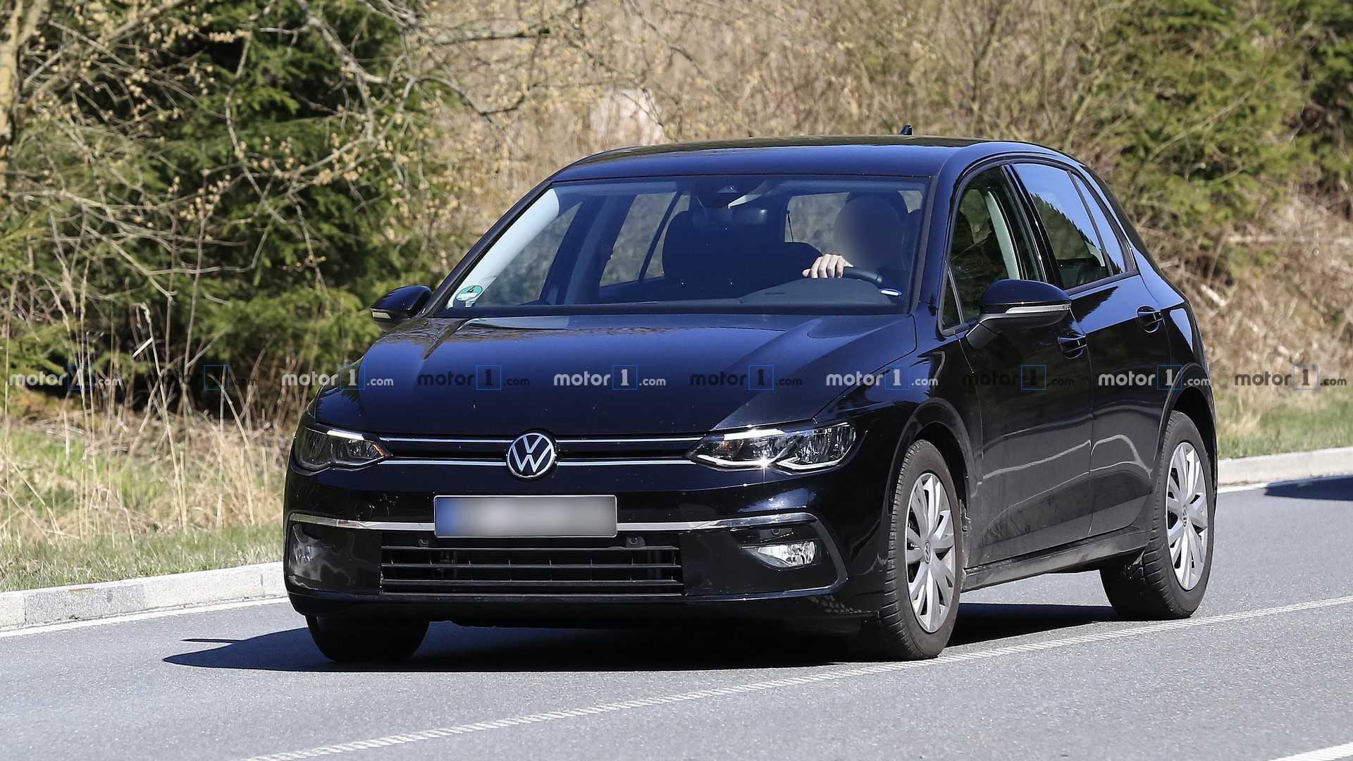 Новый Volkswagen Golf официально представят в октябре 1
