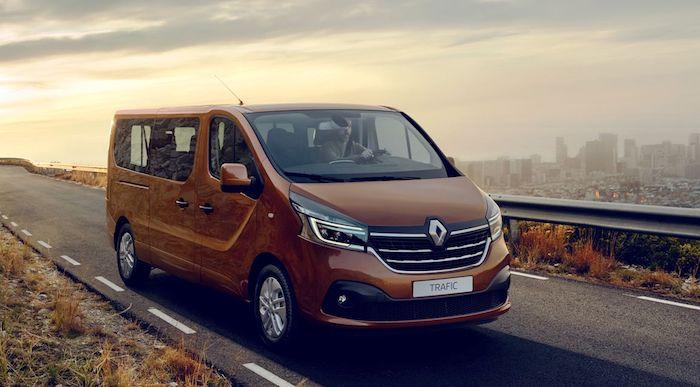 Renault представила обновленные версии фургонов Master и Trafic 1
