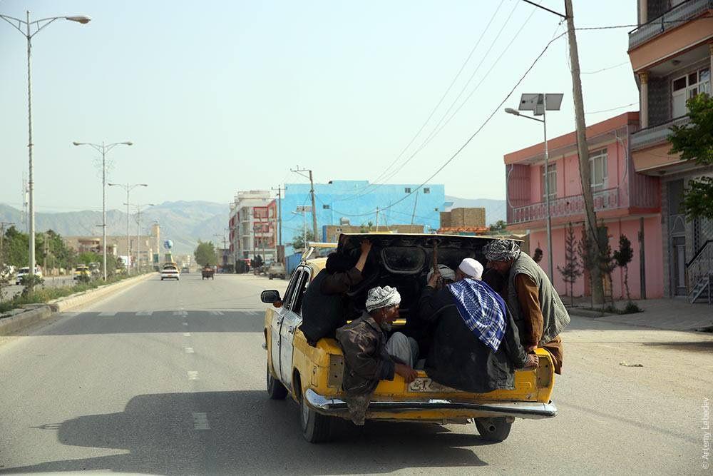 Волга такси – невероятная эксплуатация в Афганистане 3